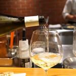 AU GAMIN DE TOKIO - Meursault 2010 Vieilles Vignes Guy Bocard