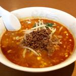 中国料理 百楽 - 「四川担々麺」(780円)。