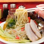 えのけん - 冷し中華麺リフトアップ