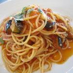 パステル - ナスとモッツァレラチーズのトマトソース