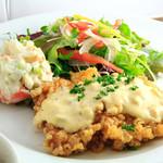 国産若鶏の特製タルタル チキン南蛮定食