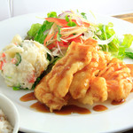 ロヂウラ食堂 - サクサク食感「白身魚定食」