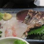 藁焼きと四国料理88屋 - お刺身アップ