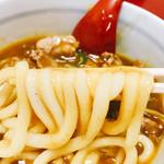 おかる - 麺はそこまでコシの無いけど博多よろしくのヤワテロまではいかない感じでなんかジャストな感じ♪