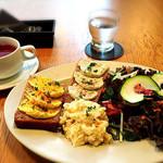レストラン エイタブリッシュ - モーニング(小麦粉不使用ブレッドプレート)