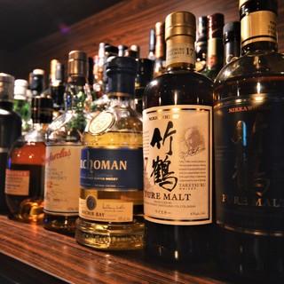 樽香際立つ一杯も◎多彩なウイスキーを取り揃えております