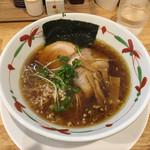 らーめん天神下 大喜 - 醤油。濃口、細麺。
