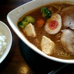 71284699 - カリ~ら~麺 ¥756 +ライス無料