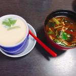 71285239 - 茶碗蒸しと味噌汁付き♪味噌汁美味しい♪