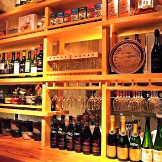 スパークリングも!種類豊富なワインをリーズナブルな価格