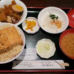 日本橋 お多幸本店 - ランチの「とうめし定食」(670円)