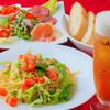 前菜オードブル5種盛合せ+お好きなピザorパスタ+お好きなお飲み物+バケットパン=1480円