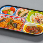配食のふれ愛 - 料理写真:メニュー例:海鮮チリソース