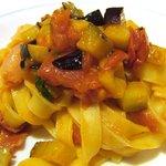 713539 - (08/8ディナー)茄子と生ハムのトマトソース タリアテッレ(ハーフサイズ)