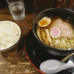 拉麺 閏 - 醤油拉麺+ライス