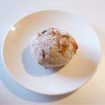 ブーランジェリー ノブ - ドライフルーツのパン