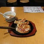 湘南火鍋房 - 手作り餃子4個