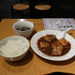 湘南火鍋房 - ライス、ワカメスープ、四川風マーボー豆腐