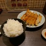宇都宮みんみん - 焼き餃子+ライス大盛り