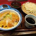 71310438 - カツ丼セット  +50円でざるうどんに変更