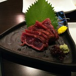 美蔵 - 料理写真:クジラたたき