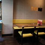 銀蕎麦國定 - テーブル席