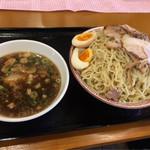 肉盛り中華そば 初代松山 - 特製ざるつけ麺