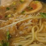 福島壱麺 - トリュフ香る鯖背脂絞り醤油ラーメン-梅水晶投入