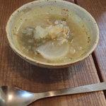 ロギ - まずはスープです。 レンズ豆たっぷり。