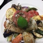 71320839 - お魚のランチのメインは「マトウダイとたっぷり野菜のメインサラダ仕立て」。