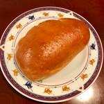 奥田製パン - 料理写真:クリームパン