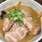 ラーメン 圭司 - 味噌チャーシュー880円