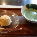 蕎麦 阿き津 - 甘味:伊吹団子と薄茶