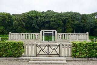 ヴァスコ・ダ・ガマ 本店 - [2017/07]継体天皇は応神天皇の5代後の子孫を名乗りましたが、応神天皇の建てた王朝に取って代わったと言われています。