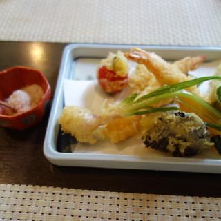 蕎麦 阿き津 - 料理写真:天ぷら
