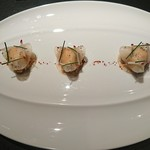 L'ATELIER de Joel Robuchon - ズワイ蟹と大根のラメルをピモンデスベレット風味で