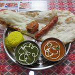 インド・ネパール料理 キルパ - 料理写真:キルパセット[カレー他](2017/08/09撮影)