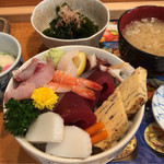 すし田村 - ちらし 1290円。