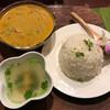 Dee アジアン食材・キッチン - 料理写真:ココナッツシーフードカレー