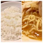 つけ麺 ラーメン ヤゴト55 - 麺はもやしよりは細い。ゴハン、なかなか美味しかったです(^^)