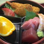 味慎 - 料理写真:味慎二段弁当1080円税込