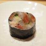 寿しの吉乃 - 鰯の海苔巻