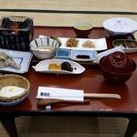 葉渡莉 - 朝食