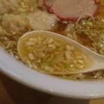 ウミガメ食堂 - 鶏ガラスープ+ネギ多め
