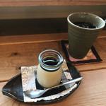 フジヤマプリン - 沖縄産黒糖プリン(黒蜜がけ)