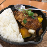 野菜を食べるカレー キャンプエクスプレス イオンナゴヤドーム前店 -
