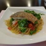 タベルナ・ポルポーレ - 真鯛とトマト・ルッコラのスパゲッティ