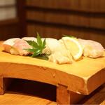 稲田屋 - ☆握り寿司5貫盛合せ 1000円