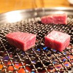 大山黒牛処 強小亭 - 厚切りのミスジ肉