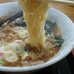 田中屋 - 細麺